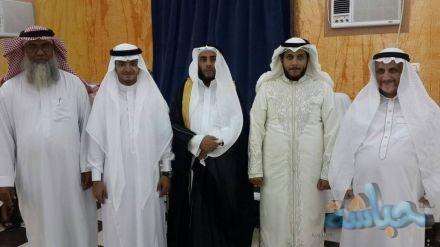 الاستاذ عبدالرزاق حامد هداف الحذيفي يحتفل بعقد قران ابنه وابنته